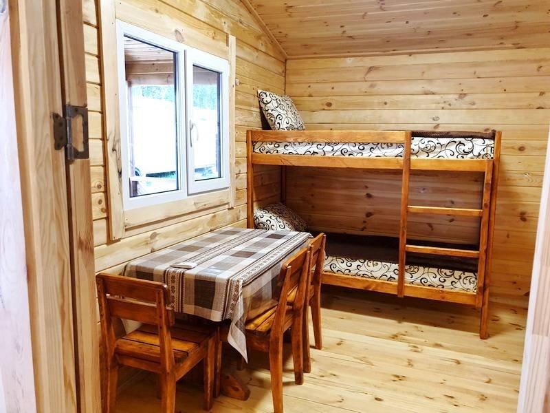 Деревяные-домики-у-моря-Генгорка06