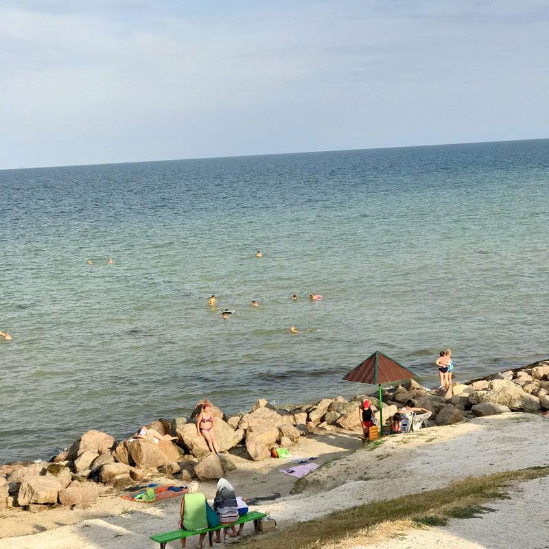 Геническ, Геническ частный сектор, отдых в Геническе, отдых на Азовском море, частный сектор, сколько стоит жилье в Геническе, Геническ бронирование жилья, сниму комнату для отдыха в Геническе